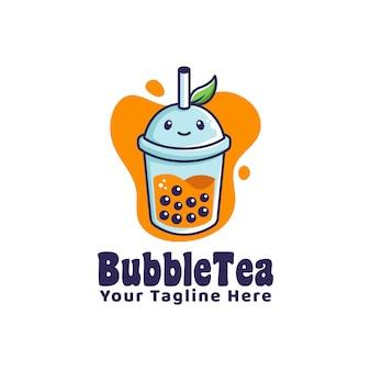 Logo bąbelkowego napoju herbaty z logo maskotki w stylu kreskówki ilustracja liść