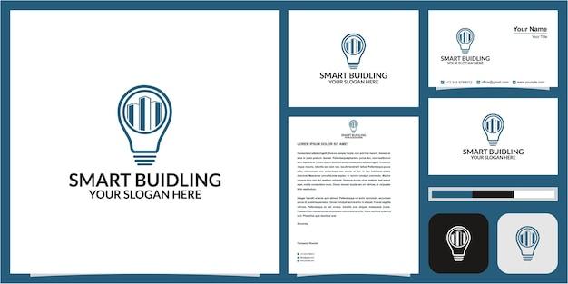 Logo budynku lub nieruchomości lub hotelu w koncepcji lampy z wizytówką