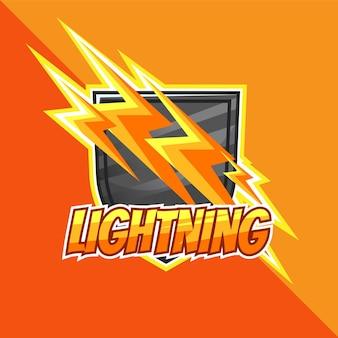 Logo emblemat błyskawica i maskotka tarczy oraz logo e-sportu łatwe do edycji i dostosowywania
