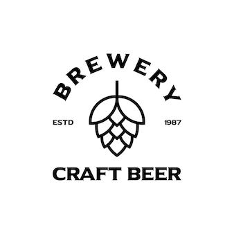 Logo firmy piwowarskiej. logo browaru. wektor logo rocznika browaru