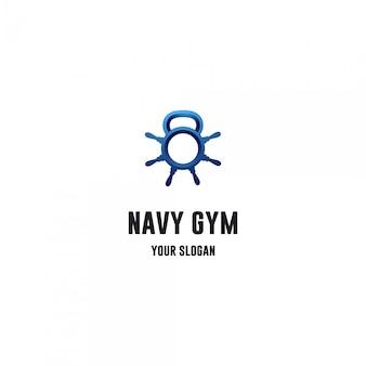 Logo fitness siłowni z kołem statku i czajnikiem