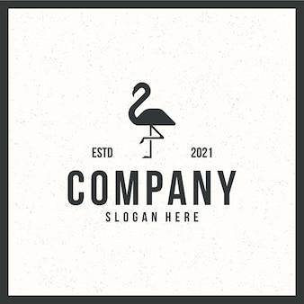 Logo flamingo, stojąca, retro, vintage, czarno-biała koncepcja koloru