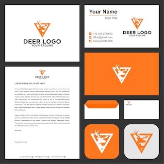 Logo jelenia i nowoczesne materiały biurowe premium