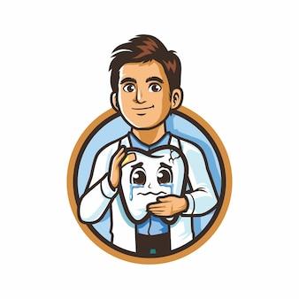 Logo lekarza dentysty trzymając obrażenia smutny ząb kreskówka maskotka rysunek