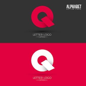 Logo litery q w stylu origami