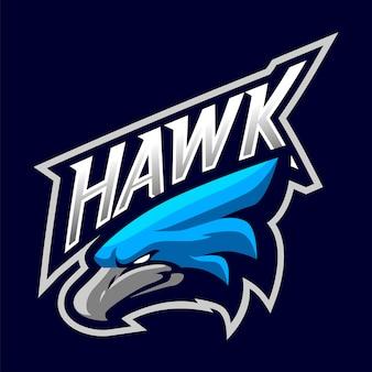 Logo maskotki głowy jastrzębia na białym tle dla sportu i e-sportu