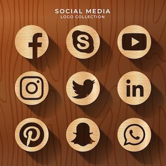 Logo mediów społecznościowych z fakturą drewna
