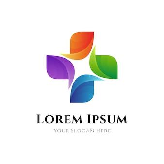 Logo medyczne opieki zdrowotnej z kombinacją ikony krzyża medycznego w kolorowym kształcie liścia