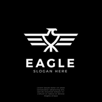 Logo mocnego monogramu sokoła, jastrzębia, orła