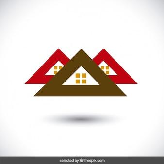 Logo nieruchomości z trzech dachów