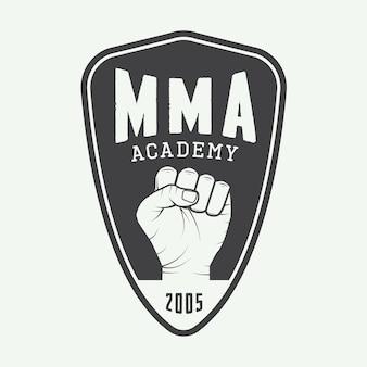 Logo, odznaka lub emblematy vintage mieszanych sztuk walki. ilustracja wektorowa