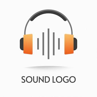 Logo podcastu audio lub muzyka fal radiowych w słuchawkach i logotyp dźwięku