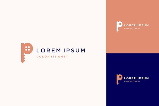 Logo projektu domu lub monogram lub inicjały litera p z kluczem do domu