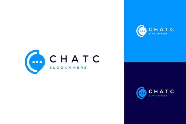 Logo projektu komunikacji lub monogram lub pierwsza litera c z dymkami czatu