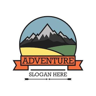 Logo przygód z miejscem na tekst dla twojego sloganu