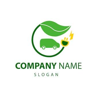 Logo samochodu elektrycznego wektor na białym tlezielony logotyp przyjazny dla środowiska samochód lub pojazd elektryczny