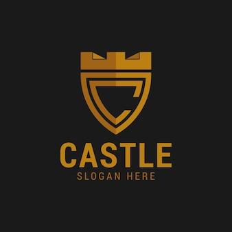 Logo tarczy zamku z kreatywnym logo litery c.