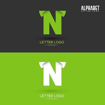 Logo w kształcie listu ekologicznego n listu zielony origami