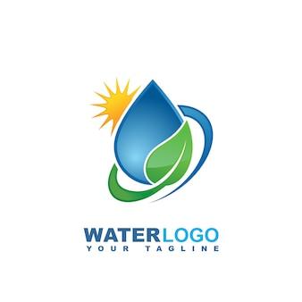 Logo wektor kropla wody z zielonych liści i dłoni