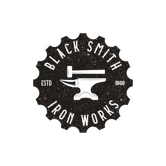 Logo wyszukiwania biegów - symbol koła lub zębnika i lupy lub lupy.