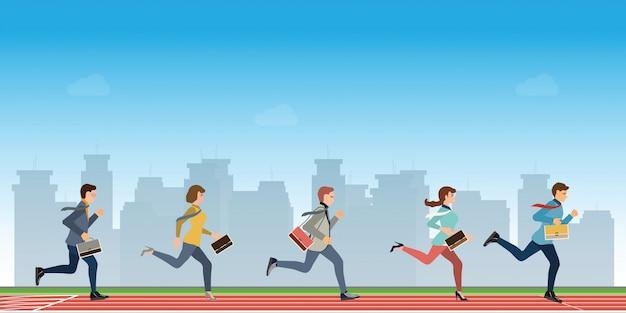 Ludzie biznesu biegną do mety, aby wygrać konkurs lidera zespołu.