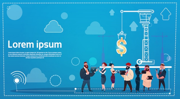 Ludzie biznesu grupują używać gadżet pieniądze przyrządów finansowego sukcesu nowożytnego mądrze przyrząda