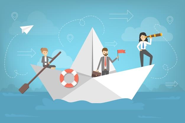 Ludzie biznesu idą do sukcesu na papierowej łodzi. zespół z liderem szuka kierunku. metafora pracy zespołowej. podróż po morzu.