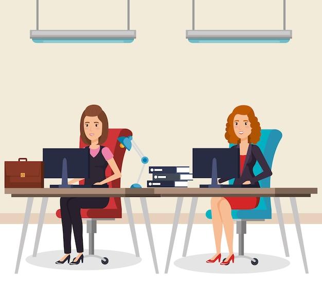 Ludzie biznesu w biurze izometryczne awatary
