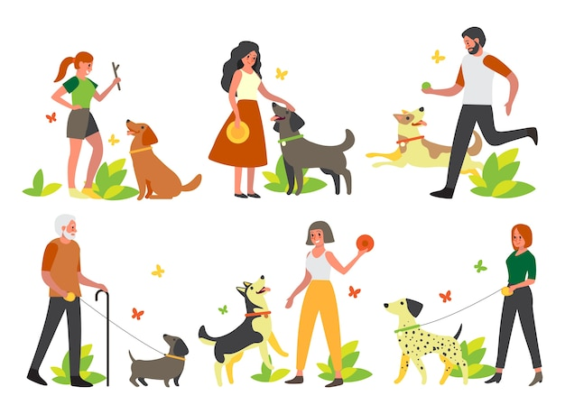 Ludzie chodzą i bawią się ze swoimi psami. kolekcja szczęśliwej postaci kobiety i mężczyzny oraz zwierzaka spędzają razem czas. przyjaźń między zwierzęciem a człowiekiem.