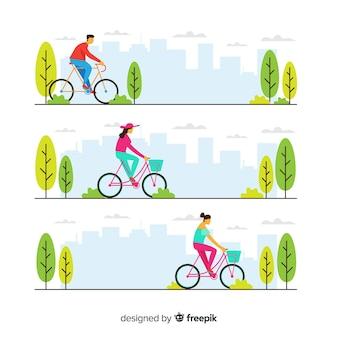Ludzie jadący na rowerze w parku