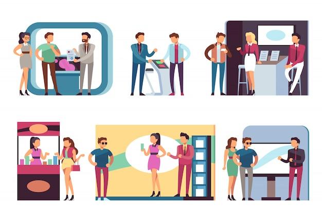 Ludzie na targach branżowych. mężczyźni i kobiety na stoiskach demonstracyjnych produktów i stoiskach na wystawie. zestaw