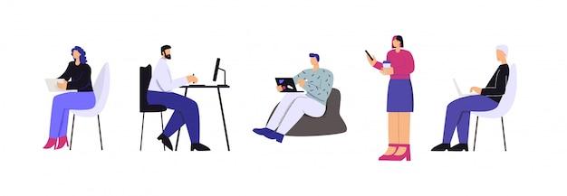 Ludzie pracujący z nowoczesnym urządzeniem cyfrowym ustawić płaską ilustrację