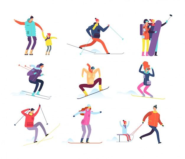 Ludzie sportów zimowych. dorosłych i dzieci w zimowych ubraniach na snowboardzie i na nartach.
