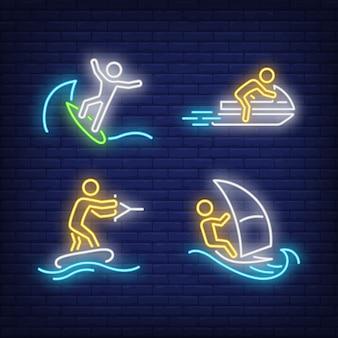 Ludzie surfują, jeżdżą na skuterach wodnych i ustawiają neonowe znaki wakeboardingowe