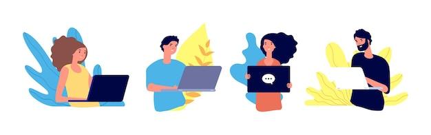 Ludzie surfują po internecie. pracownicy niezależni, rozmawiający mężczyźni i kobiety.