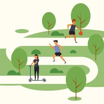 Ludzie trenują sport w parku