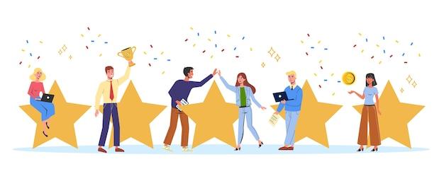 Ludzie trzymający dużą złotą gwiazdę jako metaforę oceny