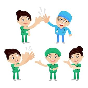 Ludzie ustawiają zawód lekarza w różnych pozach