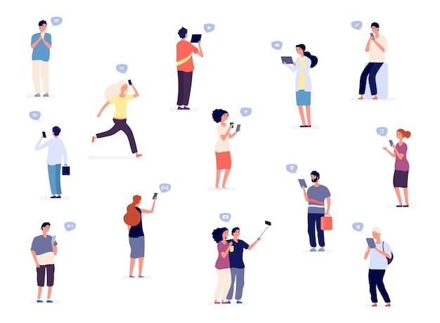Ludzie z telefonami. płaskie postacie, grupa ludzi, nastolatki z gadżetami. ilustracja ludzie z telefonem w sieci społecznościowej
