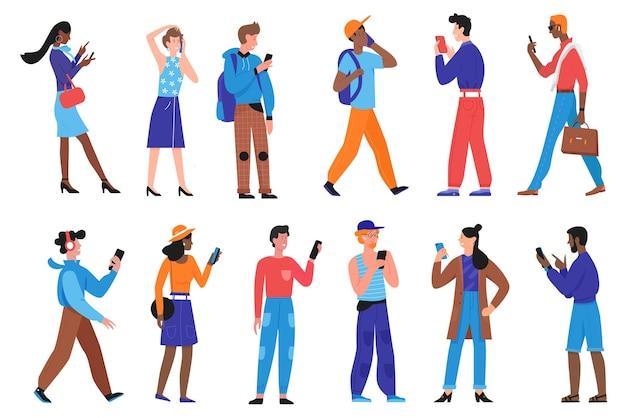 Ludzie z zestawem telefonu, postacie kobiety młodego mężczyzny w ubranie za pomocą smartfona