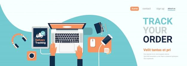 Ludzką ręką laptop tor firma dostawa. szablon strony docelowej lub strony internetowej