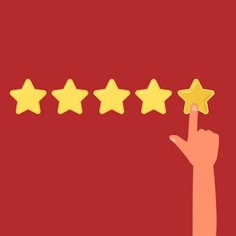 Ludzka ręka pozostawiając recenzję pięciu gwiazdek