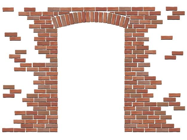 Łuk w ścianie czerwonej cegły.
