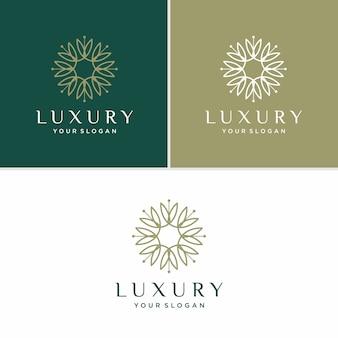 Luksusowy Kwiatowy Wzór Logo. Uroda, Moda, Salon Premium Wektorów