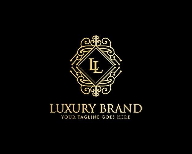Luksusowy, minimalistyczny projekt logo w stylu vintage dla salonu kosmetycznego i luksusowych marek