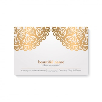 Luksusowy szablon wizytówki w stylu etnicznym, biały i złoty kolor