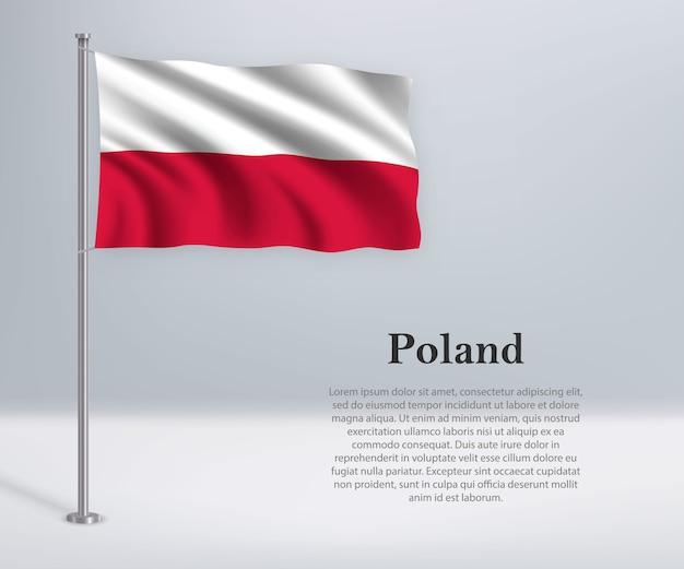 Macha flagą polski na maszcie