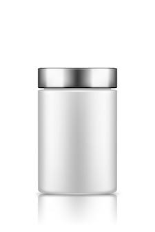 Makieta biały pusty plastikowy słoik ze srebrną nakrętką na białym tle