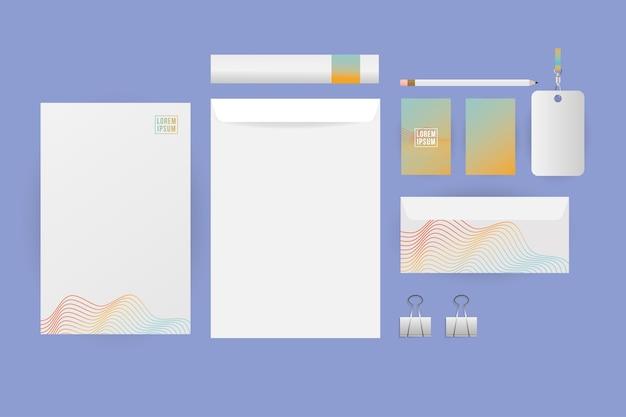 Makieta projektu koperty papieru i kart z szablonem tożsamości korporacyjnej i motywem marki