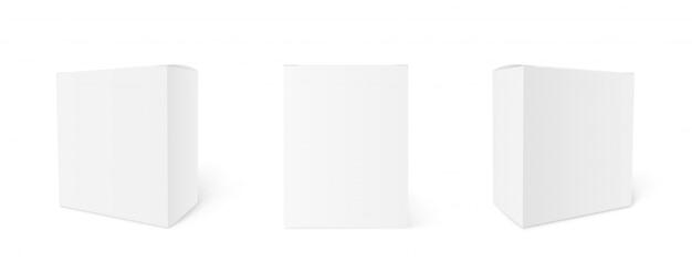 Makieta puste pudełka kartonowe. zestaw pudełkowy. trzy szablony, układ pudeł w różnych pozycjach z cieniem do projektowania lub brandingu